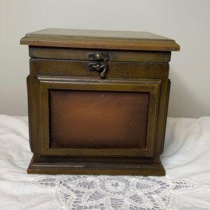 "Wooden photo memory storage box 8"" x 8"""
